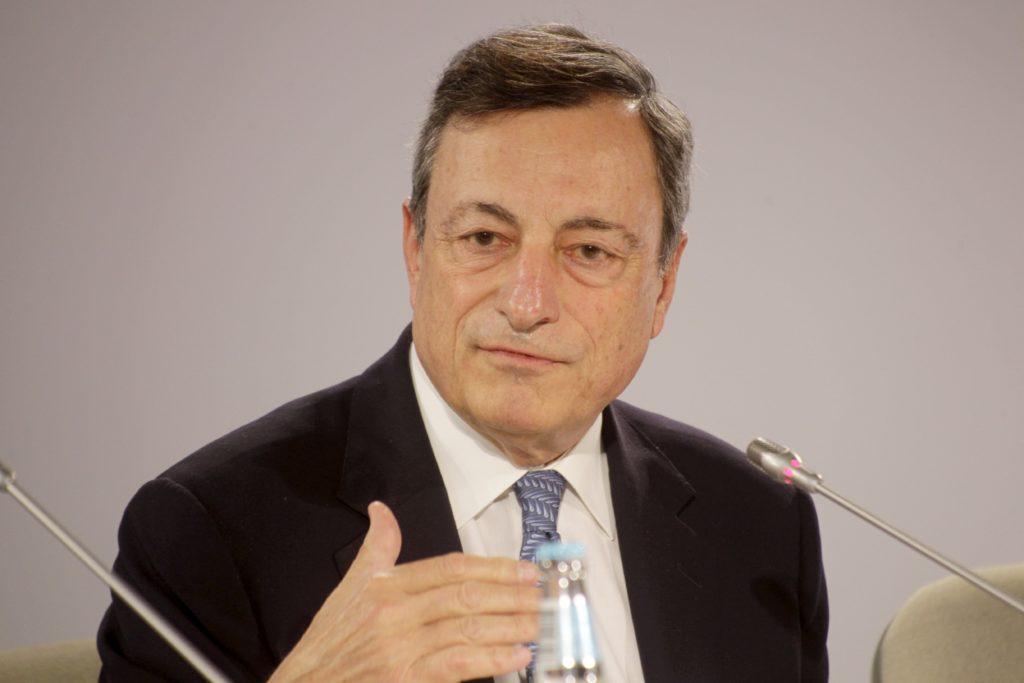EL BCE DISCUTE EN TALLIN MANTENER LOS ESTÍMULOS MONETARIOS EN LA EUROZONA