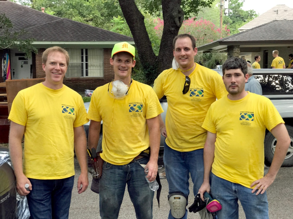 bbva-compass-theurer-volunteers-post-harvey