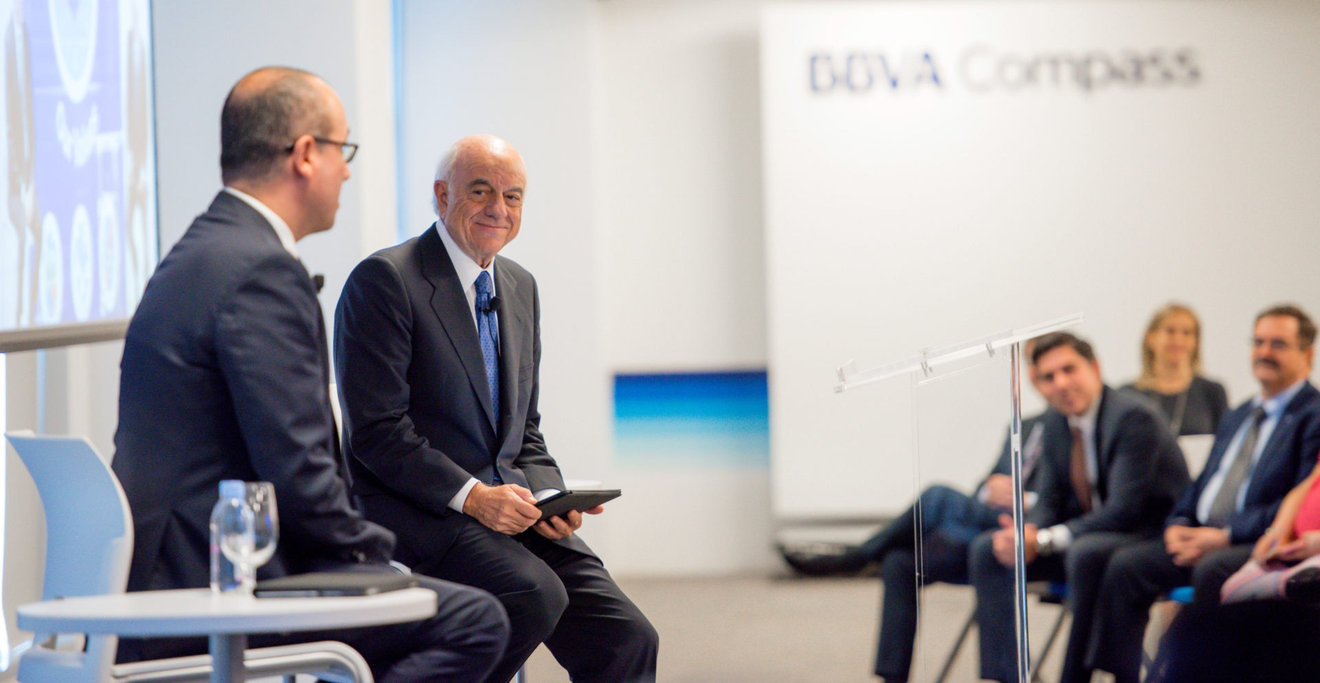 Chairman_BBVA_Francisco_González_Houston_BBVA_Compass_Harvey_22_9_17