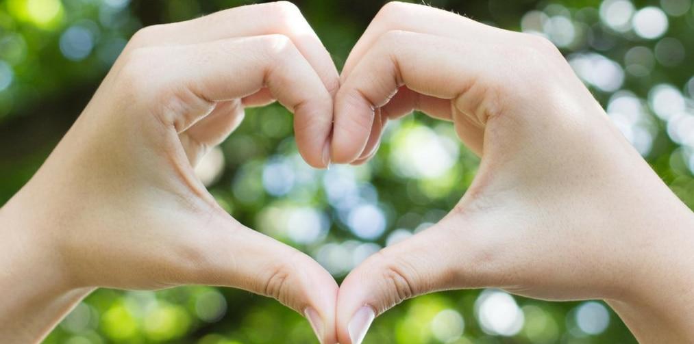 hands-in-heart-shape