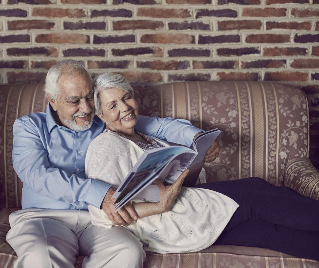 abuelos-tuyyo-love-transfer-app-mexico-BBVA