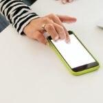 movil-dedo-pantalla-app-bbva